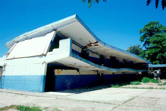 Com es mouen els edificis durant els terratrèmols